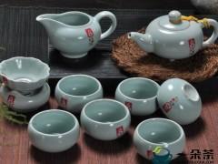 什么茶适合用陶瓷茶具来冲泡?