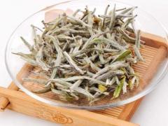 听说白茶比绿茶和乌龙茶更健康?